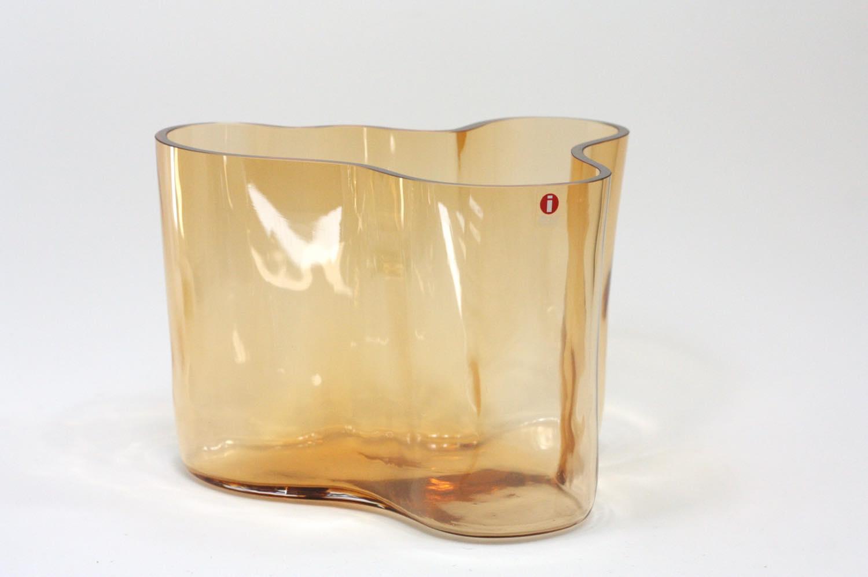 画像1: iittala/イッタラ/ALVAR AALTO/1996年限定モデル/Savoy vas/貴重 (1)