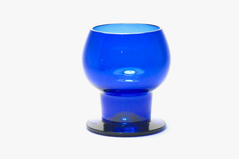 画像1: ビンテージ北欧雑貨/Kaj Franck/カイ・フランク/Wineglass 1111/Nuutajarvi/ヌータヤルヴィ/ワイングラス/ブルー (1)