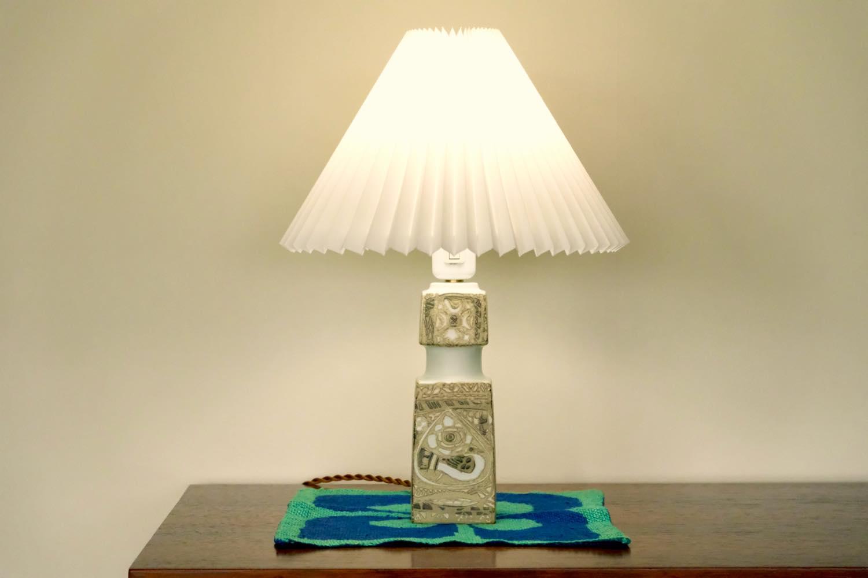 画像1: ビンテージ北欧照明/ロイヤルコペンハーゲン/Fog&Morup/フォグ&モップス/ジャバラシェード/ビンテージテーブルライト (1)