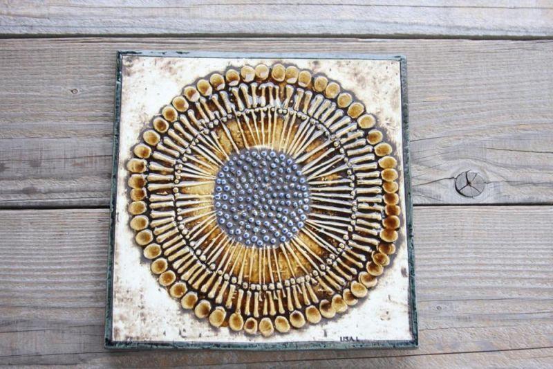 画像1: 北欧雑貨/Lisa Larson リサ・ラーソン アンティーク UNIK Solros ひまわり陶板 (1)