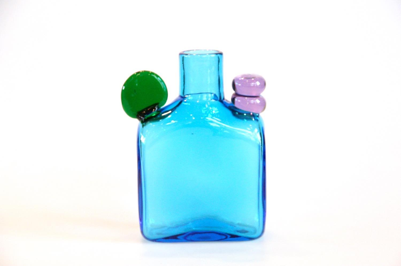 画像1: 北欧アートガラス/ビンテージガラス/Oiva Toikka/オイバ・トイッカ/Nuutajarvi/ヌータヤルヴィ/ PomPom Bottle/N526/ブルー (1)