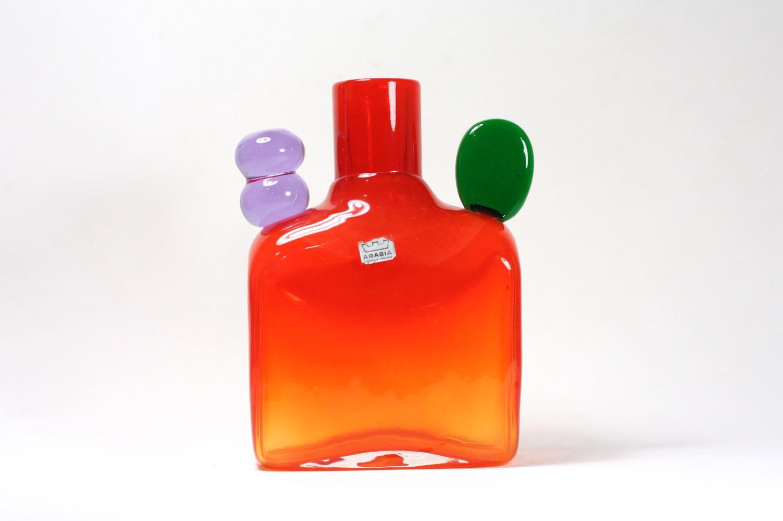 画像1: 北欧アートガラス/ビンテージガラス/Oiva Toikka/オイバ・トイッカ/Nuutajarvi/ニュータルヤルヴィ/ Pampula/PomPom Bottle/N526/オレンジ (1)