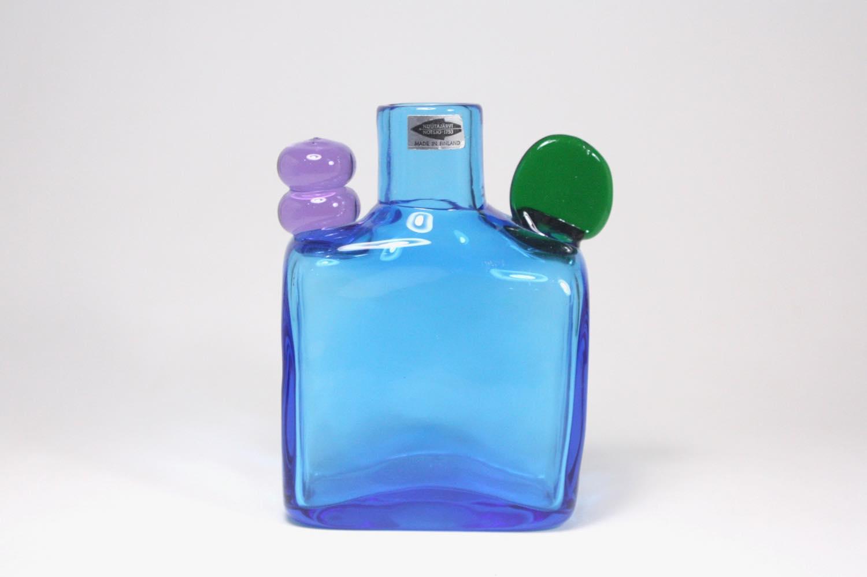 画像1: 北欧アートガラス/ビンテージガラス/Oiva Toikka/オイバ・トイッカ/Nuutajarvi/ヌータヤルヴィ/ Pampula/PomPom Bottle/N526/ブルー (1)
