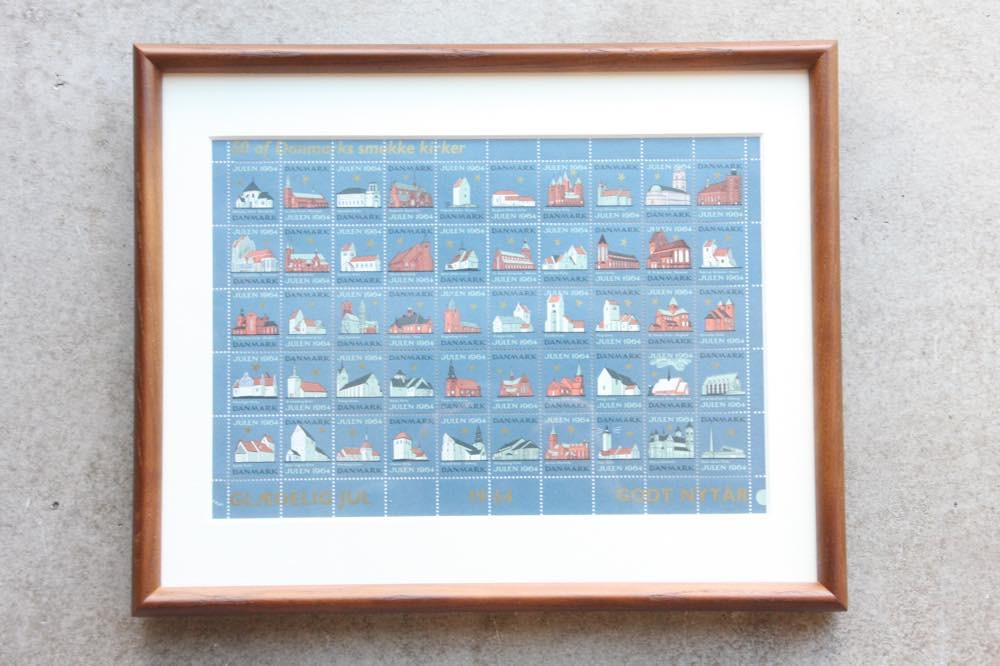 画像1: 北欧デンマーク/ビンテージクリスマスシート切手/木製フレーム付き/1964年  (1)