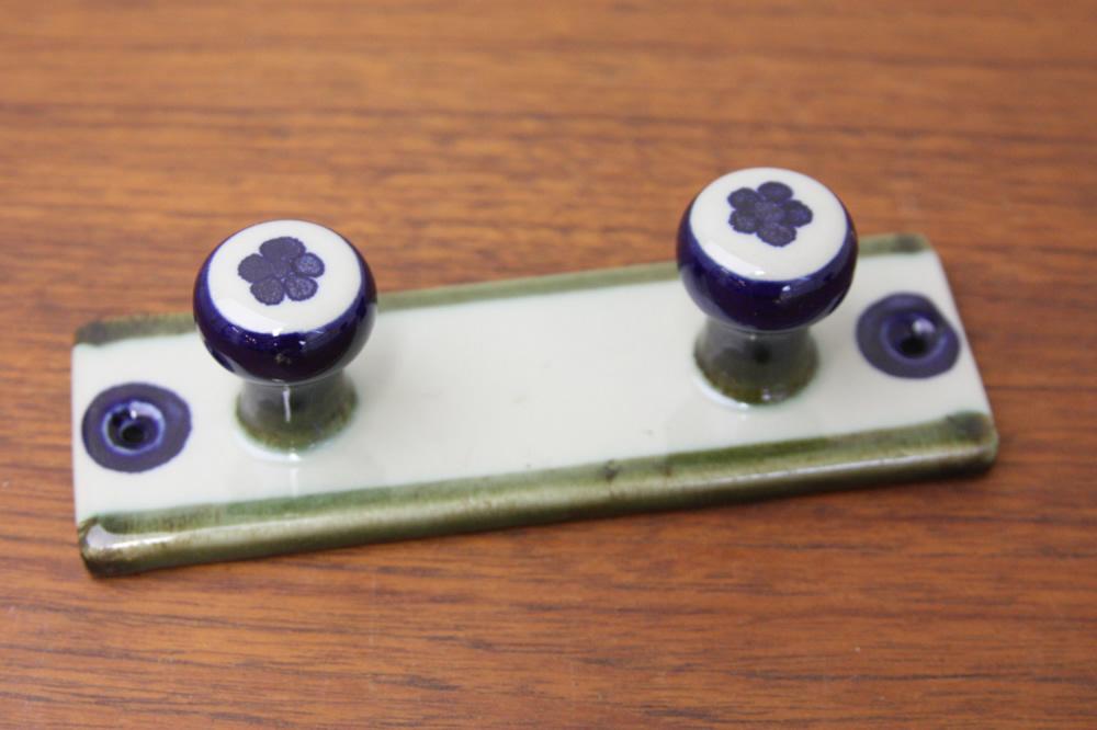 画像1: Rorstrandロールストランド社製  ヴィンテージ陶製フック (1)