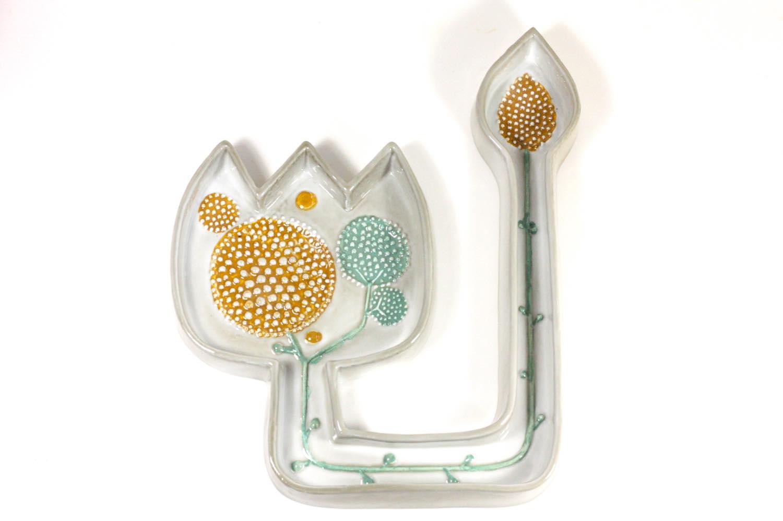 画像1: Rorstrand/ロールストランド/Sylvia Leuchovius /シルヴィア・レウショヴィウス /花と蕾陶板 (1)