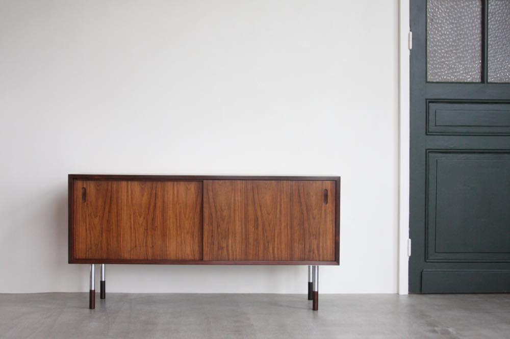 画像1: 北欧ビンテージ家具/デンマーク製/ローズウッドロ−ボード (1)