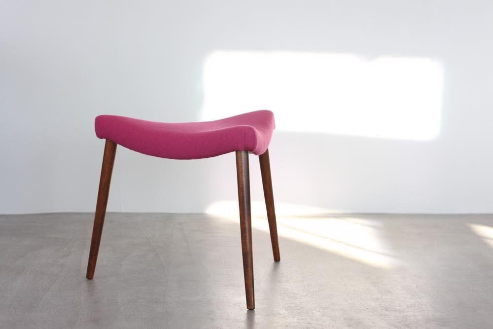 画像1: 北欧ビンテージ家具/デンマーク製 /チーク三角スツール (1)