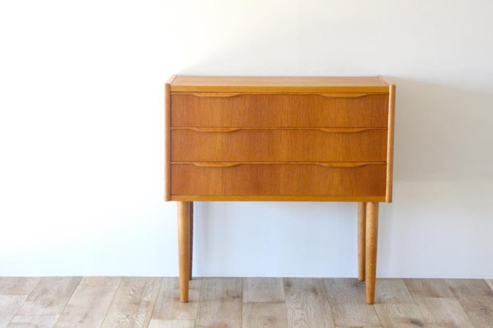 画像1: 北欧ビンテージ家具/デンマーク製/チェスト/オーク3段   (1)