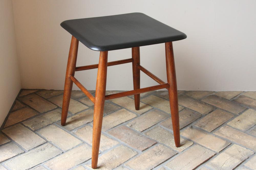 画像1: 北欧ビンテージ家具/スウェーデン/COSBY VERKEN/木製スツール/ブラック/No.2 (1)